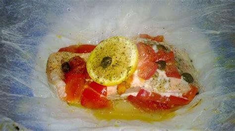 cucinare il salmone a fette salmone fresco al cartoccio