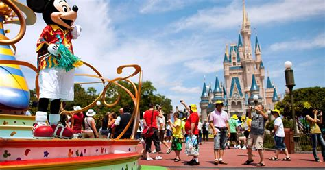 themes park disney the time is right to book holidays for 2014 mirror online