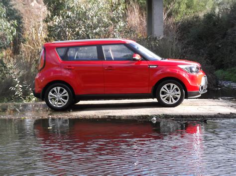 Kia Soul Review by Review Kia Soul Si Review And Road Test