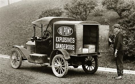 truck pa du pont co explosives truck pennsylvania coal fields 1916