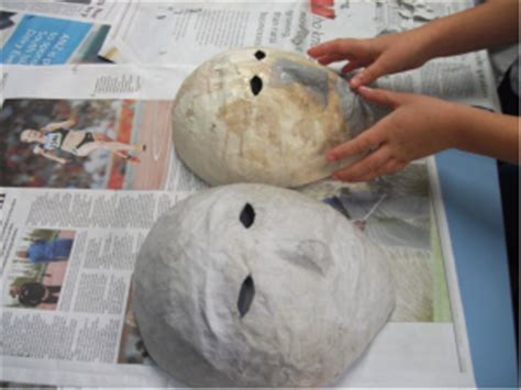 How To Make Paper Mask Step By Step - 23 cool paper mache mask ideas guide patterns