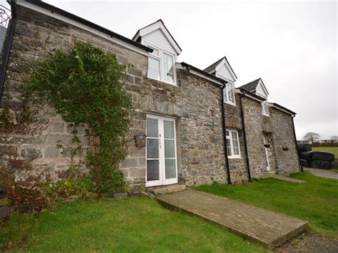 3 bedroom cottage in aberaeron friendly cottage in