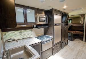 Best Small Bathroom Makeovers - imagine this grand design rv 2800bh www trailerlife com