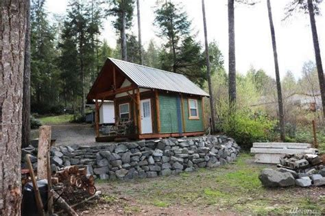 200 Sq Ft Cabin by 200 Sq Ft Tiny Cabin For Sale On 41 Acres In Tahuya Wa