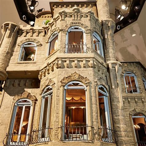 the doll house 5 the 8 5 million astolat dollhouse castle world s most expensive dollhouse