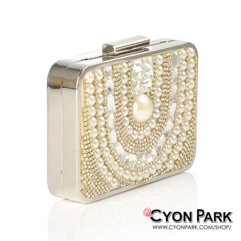 Tas Pesta 1099 Silver beli tas pesta terbaru ya di cyonpark aja butik shop tas pesta belt wanita cyonpark