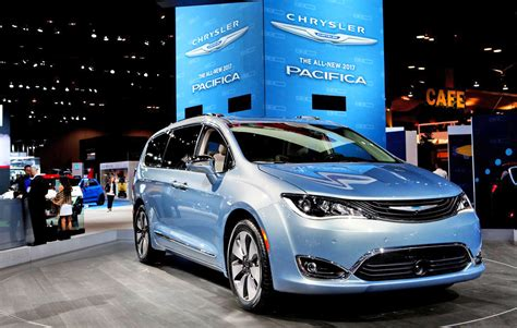 who owns fiat cars s self driving tech goes into chrysler minivans
