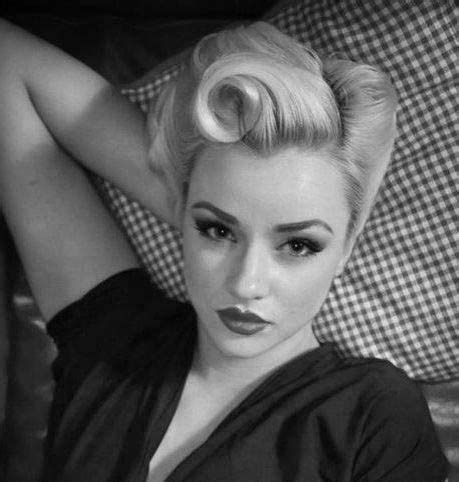 short womens haircuts of the thirties and forties 17 best ideas about 1940s hairstyles on pinterest 1940s