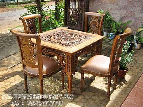 Meja Makan Ukiran model kursi makan jual mebel jati jepara mebel