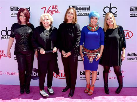 tmobile gogo billboard music awards 2016 the go gos perform quot we got