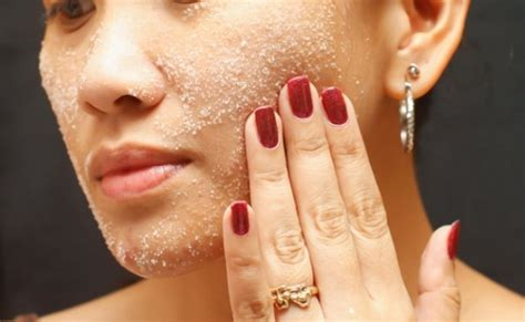 Masker Acnes 5 ways to use sea salt for your skin diy home remedies