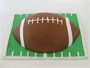 football kuchen football cake buttercream and fondant