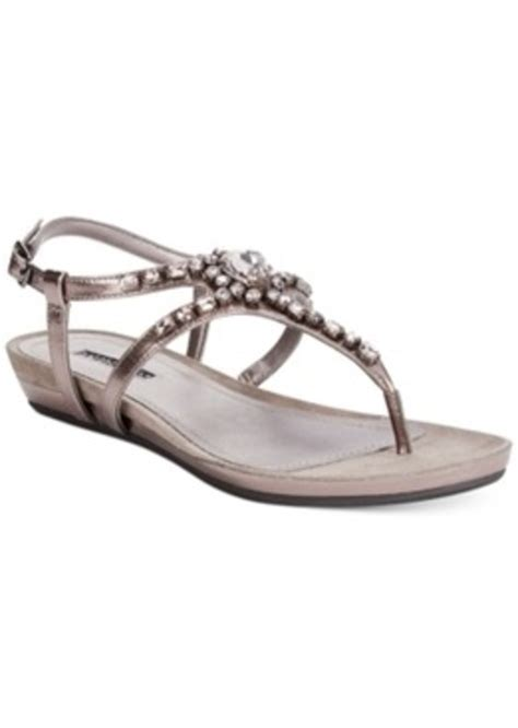 kenneth cole womens sneakers kenneth cole reaction s lost vegas sandals
