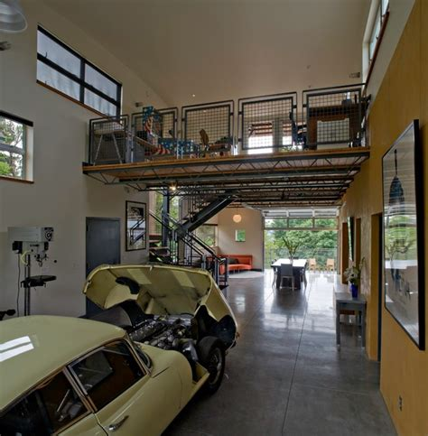 Garage Live by 20 Industrial Garage Designs To Get Inspired
