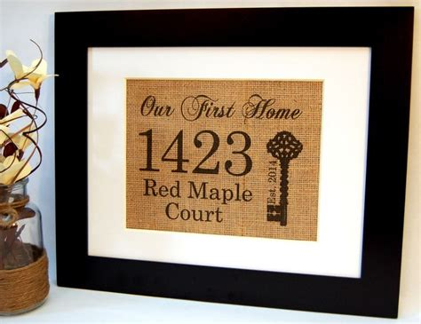 best housewarming gifts for first home 25 best ideas about personalized housewarming gifts on