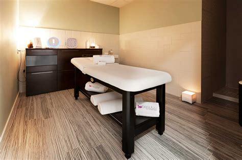 decorar sala masajes rel 225 jate con un masaje ex 243 tico