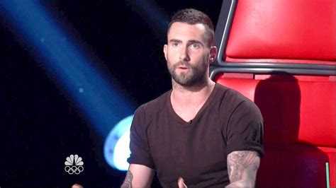 adam levine the voice short hair adam levine t shirt adam levine looks stylebistro