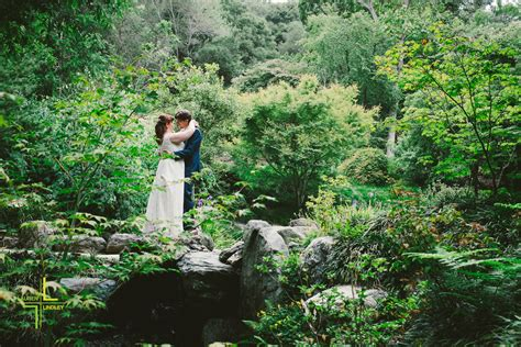 botanical garden berkeley berkeley wedding photographer sneak peek uc berkeley botanical gardens gerrad