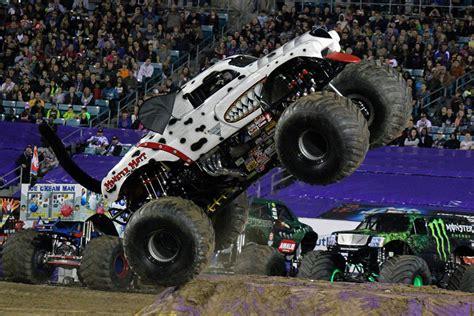 monster truck jam jacksonville fl jacksonville florida monster jam february 22 2014