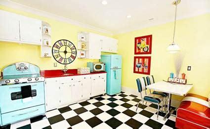imagenes retro años 50 cocinas estilo cafeteria a 241 os 50 decoraci 243 n de