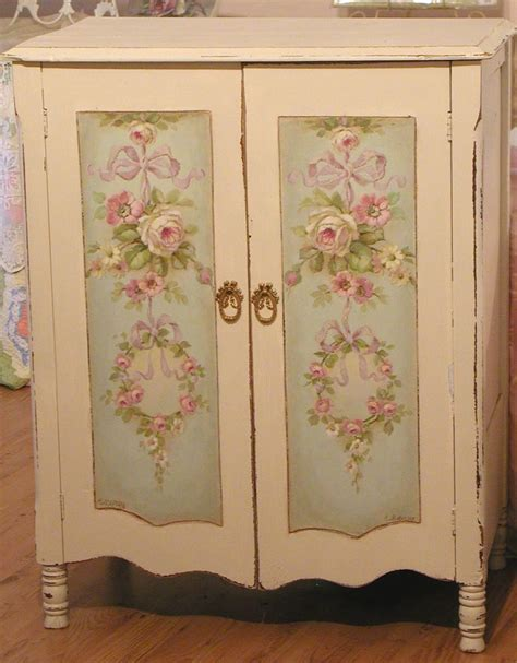 decoupage cupboard gorgeous painted decoupaged decoupage en muebles
