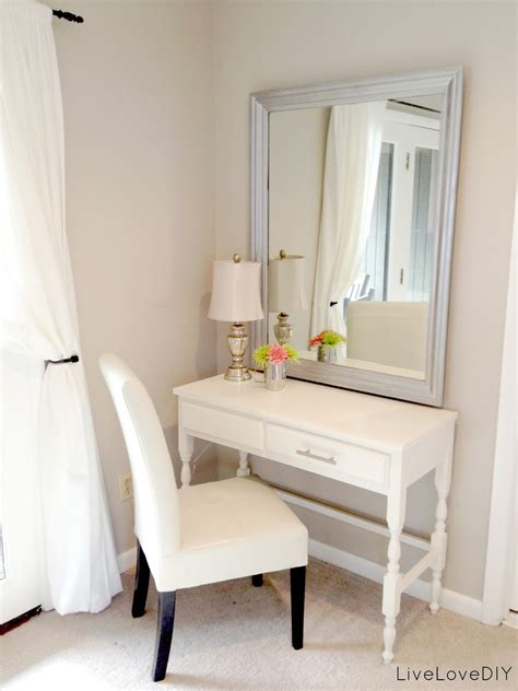 diy bedroom vanity livelovediy my top 10 thrift store shopping tips how to