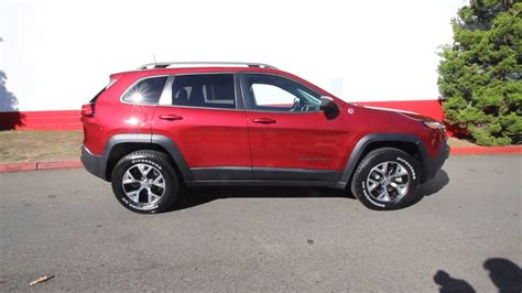 jeep red 2017 2017 jeep cherokee trailhawk 4x4 deep cherry red crystal