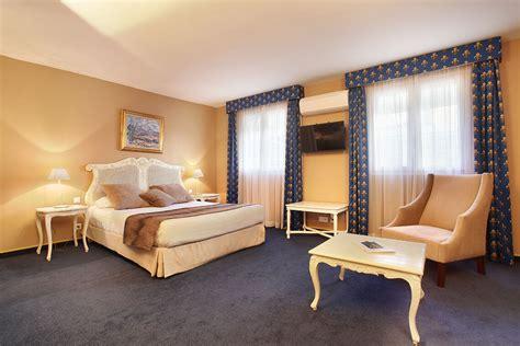 Chambre Luxe   Hôtel des Augustins   Hôtel Aix en Provence