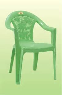 Plastic Table And Chairs by Plastic Dining Table Chair Buy Plastic Dining Table