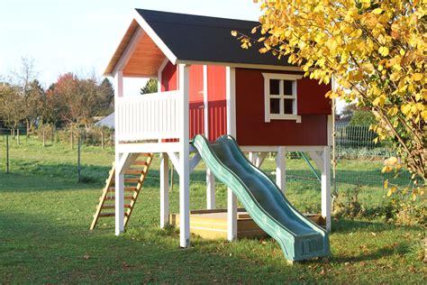 Kinderspielplatz Selber Bauen by Pin Robert Hecht Auf Spielhaus Bauanleitung