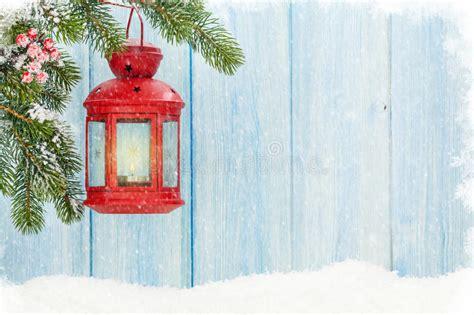 lanterna candela lanterna della candela di natale in neve immagine stock