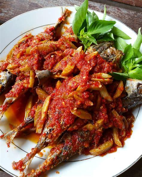 jess kitchen lab ikan goreng sambal jengkol belado