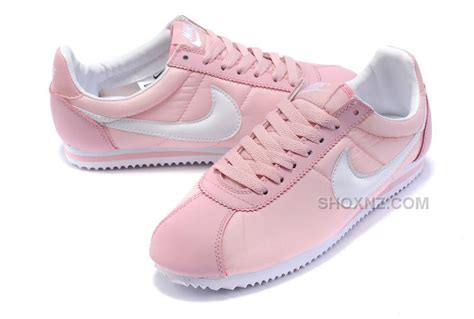 imagenes zapatos nike cortez nike cortez women nylon shoes pink white price 79 00