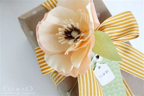poppys funerals i soon got used to seeing dead bodies female crepe paper poppies tutorial jones design company