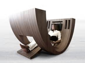 Cool Leather Chairs Design Ideas 至福の読書タイムをあなたに 身体を包み込む超巨大な椅子 Kosha インテリアハック