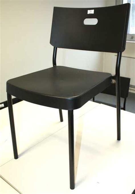 suite de 4 chaises ikea empilables modele herman