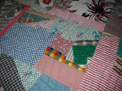 Pieced Quilts Analysis by Dragonpoodle Studio Vintage Quilt Analysis Scrappy 1960s