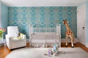Shabby Chic Crib by Quarto De Beb 234 Safari Com Papel De Parede 233 Tnico