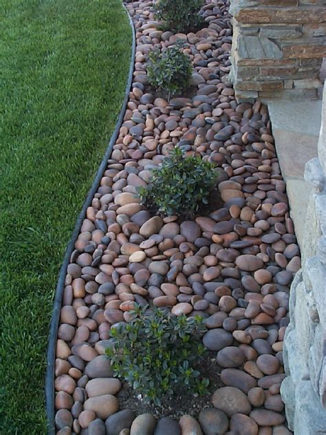 awesome river rock landscaping ideas and photos 1
