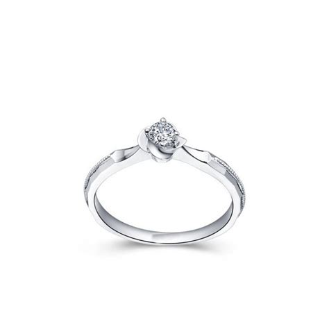 queenly inexpensive solitaire engagement ring 0 33 carat