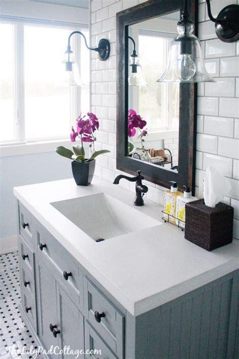 Cottage Bathroom Lighting 17 Best Ideas About Vanity Light Fixtures On Pinterest Bathroom Light Fixtures Bathroom
