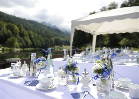 Tischdeko Hochzeit Tracht by Mottohochzeit Tracht Ein Dresscode Mit Tradition
