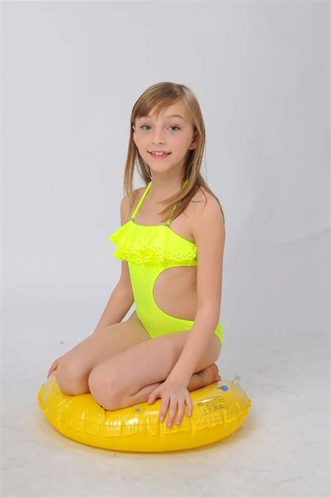 little girls in bathing suits hiheart 2015 baby girls individuality swimsuit little