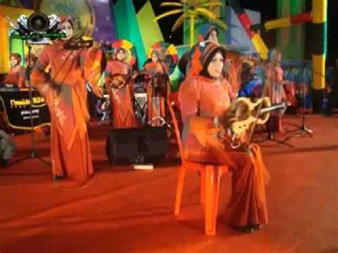 R E A D Y Rebana Qasidah lagu kasidah di atas pusara ibu mp3 mp4 flv