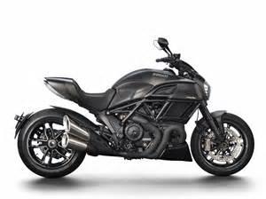 Bike For Desk Ducati Diavel Carbon Black Columm
