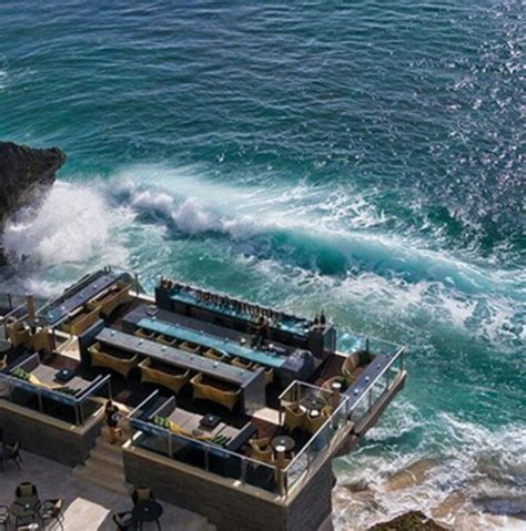 the rock bar bali restaurant
