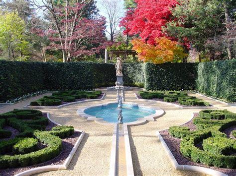hillwood museum gardens