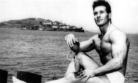 jack lalanne towing boats jack lalanne us fitness guru who last ate dessert in 1929