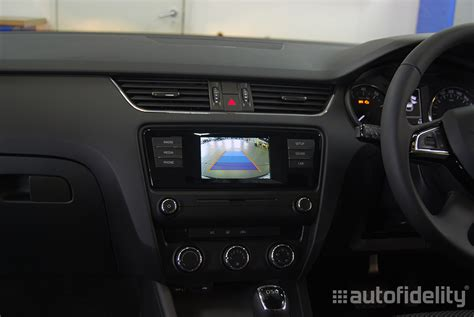 swing radio integrated rear view camera system with dynamic guidelines