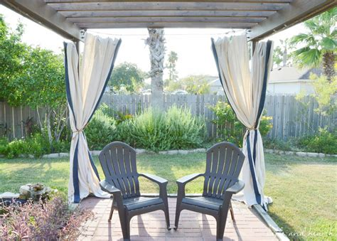 Diy Outdoor Curtains Budget Friendly And No Sew Diy Outdoor Curtains Table And Hearth